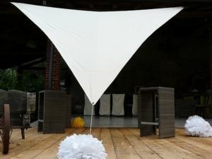 Triangular shade sails 5x5x5