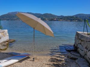Classic parasol Venice